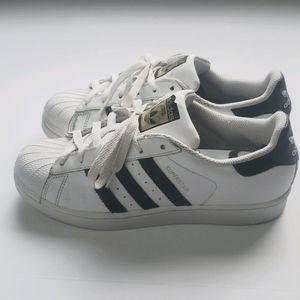 Adidas Original Men Superstar Fashion Sneaker